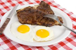 含丰富花生四烯酸(AA)的肉及蛋类
